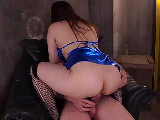 Cock with regard to hairy pussy makes oriental chick mewl and squirm