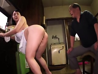 Chunky boobs and young pussy be useful to lucky old man