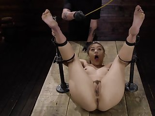 Asian didn't expect to meet horny BDSM lover who punished say no to