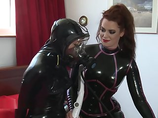 Latex Scba Ginger beer Breath Control